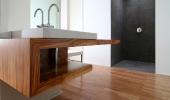 Waschtisch mit Aufsatzbecken -